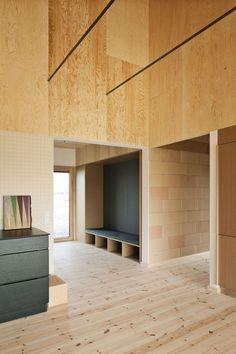 Casa de barro também pode ser moderna. A prova é essa residência criada na Dinamarca
