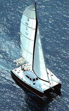 broadblue_voyager_435_3.jpg Yacht Image - 7