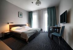 Golden Tulip Gdańsk Residence is located in a quiet area of Gdańsk, 150 metres from the sandy beach on the Baltic Sea, and features spacious rooms and apartments with free Wi-Fi access, as well as a free indoor pool, a sauna and a steam bath.