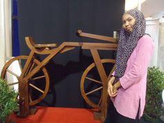 sepeda setelah jaman batu.. yaitu jaman kayu!
