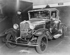 Ford Coupe Being Inspected By Police Vintage 8x10 Reprint Of Old Photo