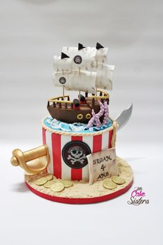 gâteau garçon pirate, avec bateau, sabre, et pièces en or, sans oublier le kraken !! Réalisé en pâte de modelage saracino Pirate cake, ship cake, bâteau de pirate Pirate Birthday Cake, July Birthday, Birthday Cake Girls, 4th Birthday Parties, Pirate Kids, Girls Pirate Parties, Cake Lego, Pirate Ship Cakes, Pirate Theme