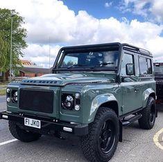 Oh that Keswick Green ? 4x4, Land Defender, Square Body, Retro Futurism, Custom Trucks, Offroad, Landing, Dream Cars, Volkswagen