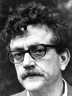Kurt Vonnegut The Art of Fiction No. 64 (x-post r/kurtvonnegut) http://ift.tt/2nF0KPO