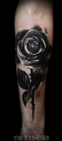 Really like this black rose, think this might be my next tatt