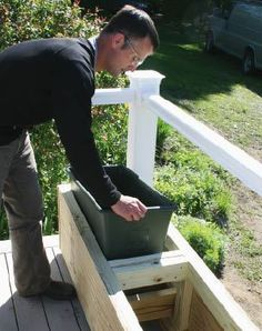 Professional Deck Builder: Easy Planter Boxes DIY Garden Yard Art When growing your own lawn yard ar Deck Planter Boxes, Diy Planter Box, Wooden Planters, Outdoor Planters, Garden Boxes, Plastic Planter Boxes, Concrete Planters, Cheap Planters, Tall Planters