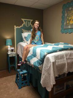My Life As Hayden: Sophomore Dorm Room