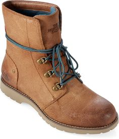 After watching Wild (with Reese Witherspoon) im really in the mood to go on a long hike with some cute boots