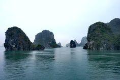 Halong bay - risteilemässä joulupäivänä Vietnam, River, Outdoor, Outdoors, Outdoor Games, The Great Outdoors, Rivers