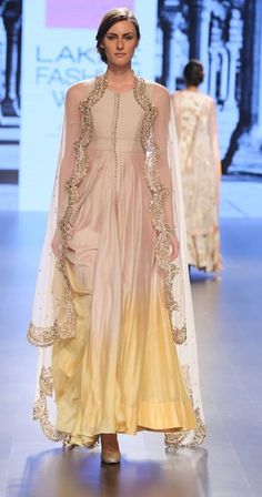Anushree Reddy at Lakme Fashion Week Summer Resort 2016 Indian Fashion Online, India Fashion, Ethnic Fashion, Asian Fashion, Indian Attire, Indian Ethnic Wear, Indian Style, Pakistani Outfits, Indian Outfits