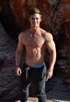 Fitmen1 Tyson Dayley