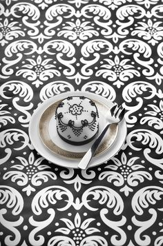 Black Lace cake idea inspiration from the Little Venice #Cake Company! Shop the range now at C+C: http://www.createandcraft.tv/search/little%20venice%20cake%20company?fh_location=//createandcraft/en_GB/$s=little\u0020venice\u0020cake\u0020company/brand_cc@gt;{little20venice20cake20company} #cakedecorating