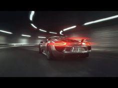 Porsche 918 Spyder: Engine Technology (+playlist)