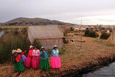 Islas Flotantes de los Uros, Puno Perú.