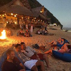 Finns Beach Club Bonfires //
