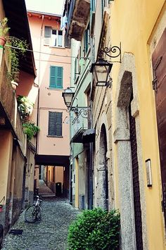 Lake Como, Italy. I loved walking through some of those alleyways ~ sometimes you found the most quaint shops or cafes!!!