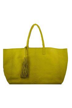 ecd545d5a0 42 Best Handbags images in 2019   Beige tote bags, Fashion handbags ...