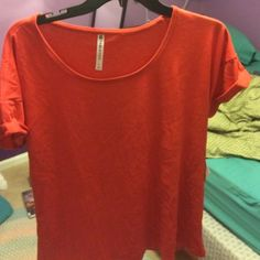 Brand new work out shirt!!! Never worn Fabletics Tops Tees - Short Sleeve