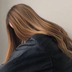 Brown Hair Balayage, Brown Blonde Hair, Light Brown Hair, Brunette Hair, Hair Highlights, Honey Brown Hair, Dark Blonde, Aesthetic Hair, Hair Day