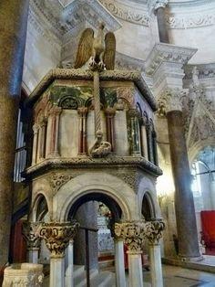 Pulpito della Cattedrale di Spalato.  Andrija Buvina   Sec. XIII