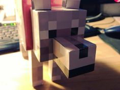 *******Papercraft dog Minecraft tamed wolf template Devan wants this it would be a great centerpiece! Valentine Day Boxes, Valentine Crafts, Valentines, Minecraft Birthday Party, Birthday Fun, 11th Birthday, Birthday Ideas, Minecraft Dogs, Minecraft Stuff