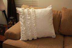 Microsuede Ruffled Pillow Tutorial