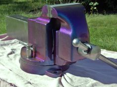 Really nice Morgan 6 inch jaw width vise. Blacksmith Tools, Blacksmith Projects, Workshop Storage, Workshop Ideas, Hand Tools, Diy Tools, Bench Vise, Metal Tools, Blacksmithing