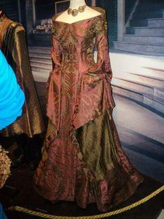 Cersei Lannister, Game of Thrones // Purple Wedding