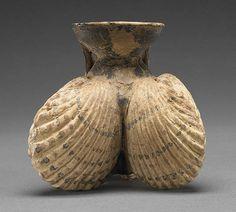 Cockleshell Aryballos, Greek, 525-475 B.C. The J. Paul Getty Museum