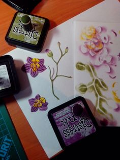Playing with distress ink and marianne design orchid