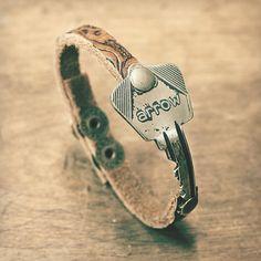 Arrow Key Bracelet - Brass