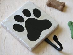Dog Leash Hook, Cute Animal Paw Print, Pet Accessory Hook, Wall Key Holder, Black, Decorative Ceramic Tile