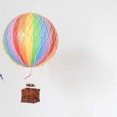 Une lampe montgolfière / Kids design @frenchyfancy