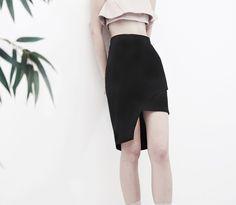 RISA asymmetric skirt - AINE SPRING SUMMER 206 - #wrap #asymmetric #skirt #deconstruct #overlapping #blackskirt