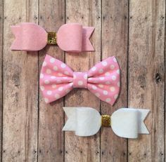 Pink White and Gold Bow Set  by GettinGussiedUp on Etsy
