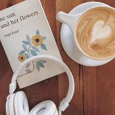 Lavender lattes and a little reading between classes isn't so bad Instagram: simplyaubriea ☕️ • • • • #coffee #rupikaur #thesunandherflowers #carlsbad #leapcoffee #coffeeshops #lavendarlattes #flatlays #flatlaystyle #bloggingbabe #californiabloggers #coffeenbooks