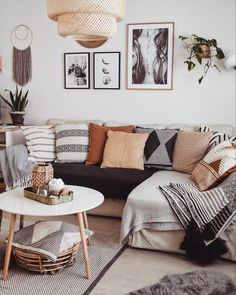 Facts about Luxury Minimalist Furniture Ideas for 2019 – Room Interior, Interior Design Living Room, Living Room Designs, Interior Designing, Diy Interior, Interior Paint, Decoration Inspiration, Room Inspiration, Boho Living Room