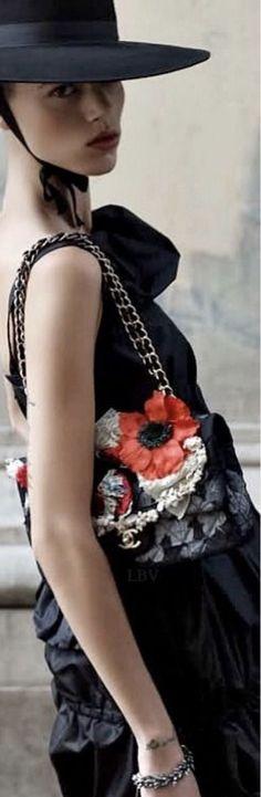 Lady L, Dark Flowers, Spanish Style, Runway Fashion, Poppies, Red Carpet, Street Style, Beautiful, Dresses
