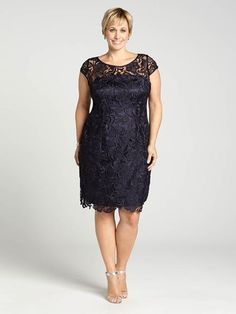08785ccf3d9 Laura Plus  for women size 14 . A lacy look is