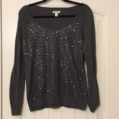Old Navy sparkle sweater Grey with grey sequins (sequins are in front of shirt only). Light piling near armpit-mainly from the sequins Old Navy Sweaters Crew & Scoop Necks