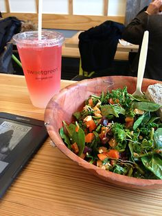 EAT CLEAN. DOESN'T THIS LOOK REFRESHING?