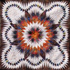 Dragon Star made by Roger Kerr Quilting Projects, Quilting Designs, Quilting Ideas, Star Patterns, Quilt Patterns, Dragon Star, Foundation Paper Piecing, Contemporary Quilts, Star Quilts