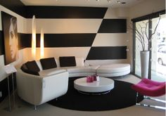 Modern wall paint ideas by alyce Modern Wall Paint, Wall Design, House Design, Striped Walls, Striped Wallpaper, Room Paint, New Room, Decoration, Living Spaces