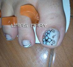 Pedicure Designs, Toe Nail Designs, Toe Polish, Toe Nails, Triangles, Diana, Hair Beauty, Toenails, Enamel