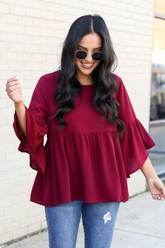The Latest Trendy Fashion Tops Casual Indian Fashion, Indian Fashion Dresses, Girls Fashion Clothes, Trendy Fashion, Clothes For Women, Stylish Dresses For Girls, Stylish Dress Designs, Kurta Designs Women, Blouse Designs