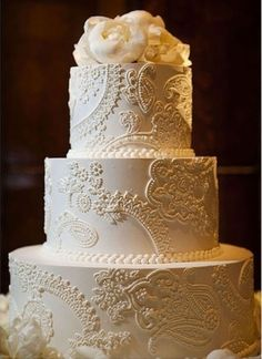 Lace Accents for Your Wedding on http://www.weddingbells.ca/blogs/planning/2012/11/29/lace-accents/
