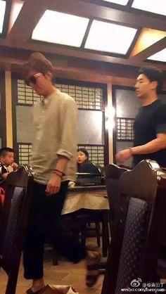 [ Weibo 微博 : 卷查田丁]  Lee Min Ho in a Restaurant,  Rome, Italy on 20 September 2015 / Weibo Post : 21 September 2015 @ 20:17 hours