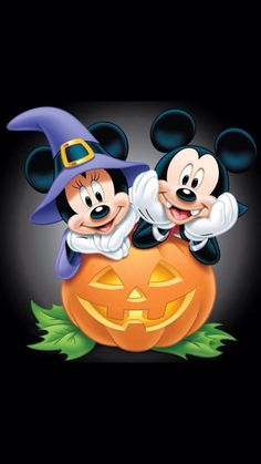 DIY Diamond Painting Halloween Mickey & Minnie Mouse Mosaic Cross Stitch Full Square Drill Diamond Painting kit Home Decoration Gifts - Disney Halloween, Mickey Mouse Halloween, Halloween Crafts, Happy Halloween, Halloween 2015, Mickey Mouse Wallpaper, Disney Wallpaper, Disney Mickey, Disney Art