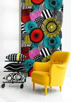 textile hanging on wall Siirtolapuutarha by Maija Louekari for Marimekko. photo from Skona Hem #living_room #decor #interiors #patterns