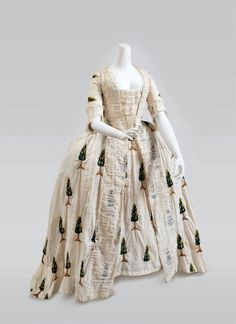 Robe à la francaise ca. 1770 From Cora Ginsburg